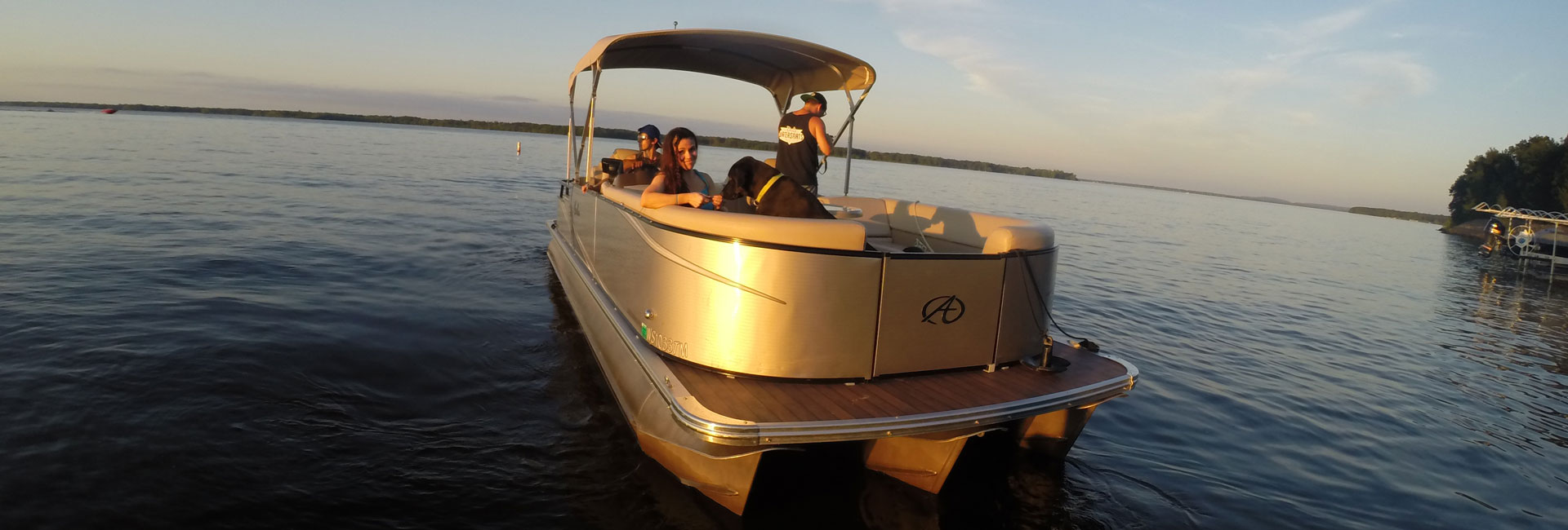 Pontoon Rentals on Castle Rock Lake